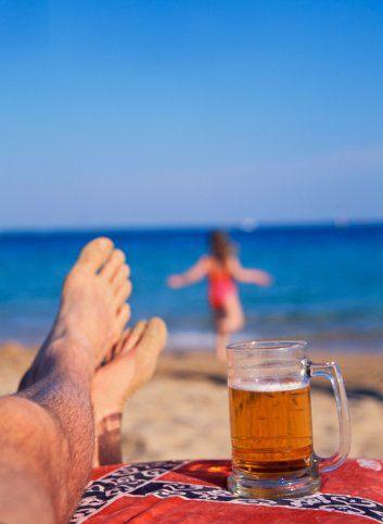 еще советское фото отдых с пивом на море дисбактериоз характеризуется